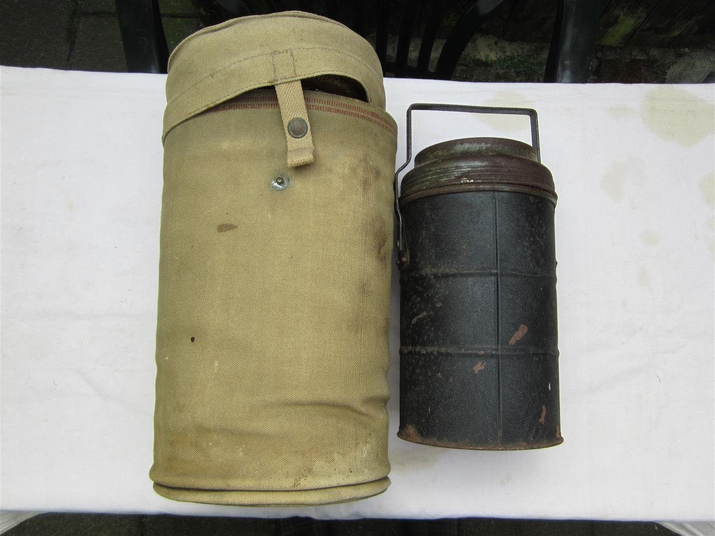 WW2 British Paratrooper Thermos Food Container